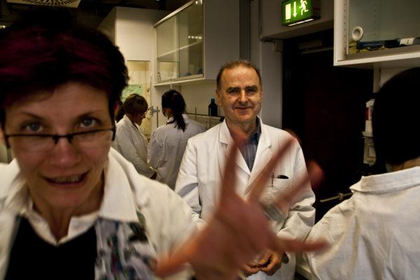Links Frau Dr. Hainich-Doepner, rechts Professor Bechmann