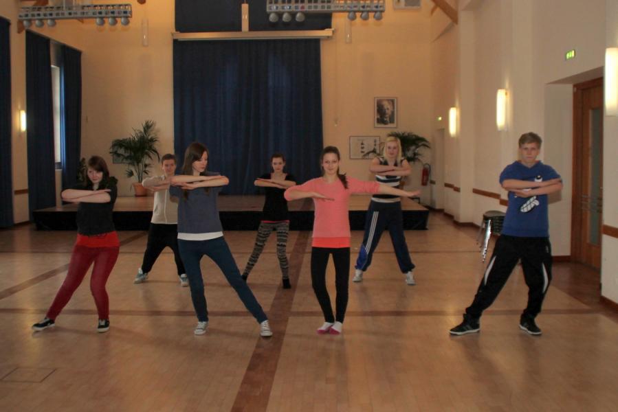 Die Mitglieder der Tanzgruppe