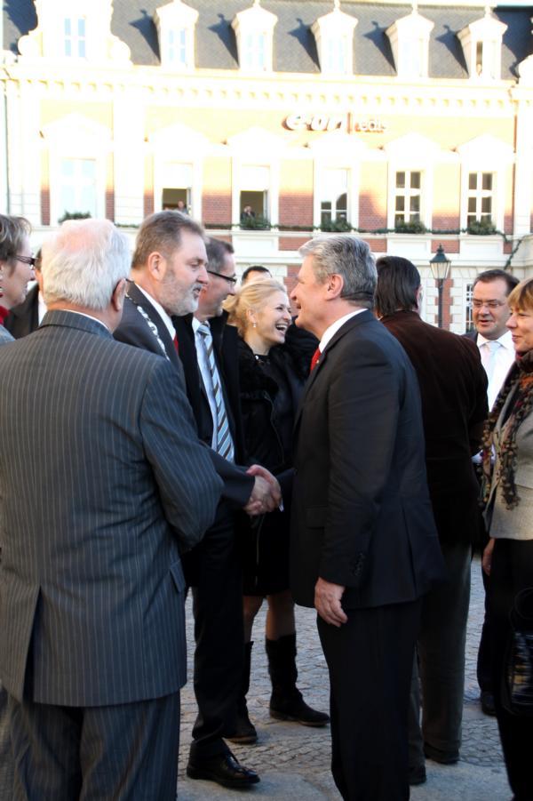 Begrüßung von Herrn Krakow und anderen Rgionalpolitikern